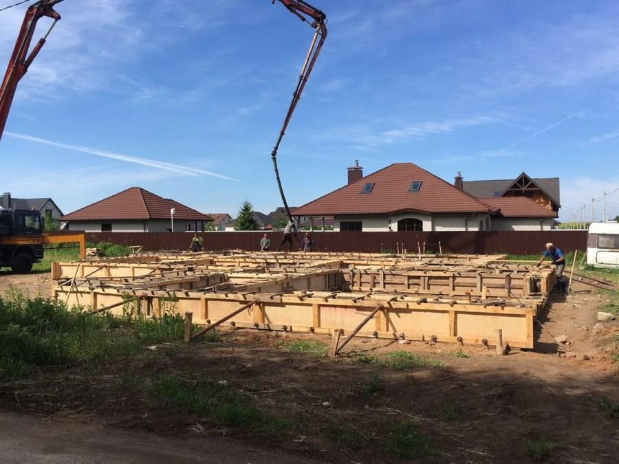 Сколько стоит залить фундамент и как выгодно построить дом
